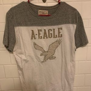 American Eagle white shirt